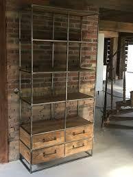 Afbeeldingsresultaat voor kastenwand van oude kasten Metal Furniture, Unique Furniture, Furniture Design, Jewellery Shop Design, Living Comedor, Wood Fireplace, Home Trends, Living Room Modern, Industrial Style