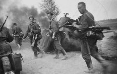 Wehrmacht soldiers 1941, Kowno, Eastern Front