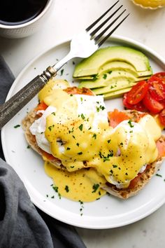 A simple blender hollandaise sauce recipe with 4 ingredients and 5 minutes to make! Homemade hollandaise is perfect to use on eggs benedict for brunch!