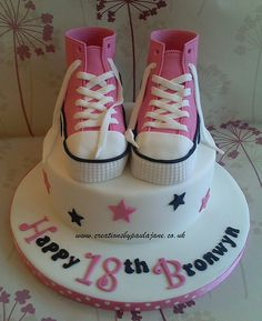 Converse Shoes Cake - want this! But for my 21st next year :)