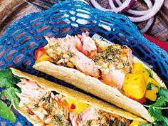 Fisherman tacos på grillad lax | Recept från Köket.se