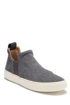 huge discount 9c98b d14e7 Vince   Lucio Slip-On Sneaker