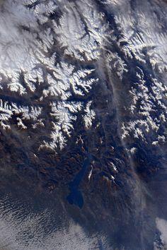 (IT) E sul lato est il lago di Garda e la regione dove sono cresciuta, il #Trentino. Posso quasi vedere il mio paese.