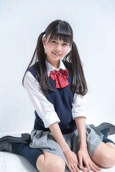 School Girl Japan, School Girl Dress, School Uniform Girls, Girls Uniforms, Cute Asian Girls, Beautiful Asian Girls, Cute Girls, Mode Kawaii, Kawaii Girl