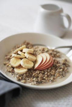 Healthy Breakfast #oats #fruits #oatmeal #banana #apple #protein #healthy #muesli #breakfast