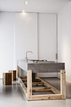 an amazing concrete kitchen island with sink interior design 2012 home design design room design Concrete Kitchen, Concrete Wood, Concrete Design, Concrete Counter, Polished Concrete, Poured Concrete, Concrete Furniture, Furniture Design, Furniture Plans