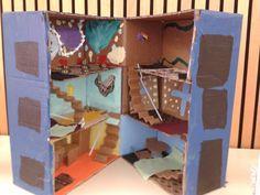 Box doll house