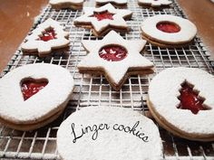 Linzer cookies Hazelnut Recipes, Linzer Cookies, Jam On, Confectioners Sugar, Holiday Treats, Nutella, A Food, Food Processor Recipes, The Help