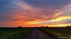 IOWA-  End the day by watching the sunset on a gravel road, anywhere in Iowa will do.