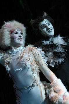 My fav musical! Cats The Musical Costume, Cats Musical, Cat Costumes, Dance Costumes, Jellicle Cats, Musical Theatre Broadway, Cat Cosplay, Cat Makeup, Les Miserables