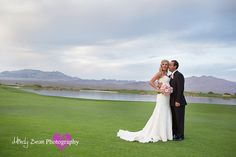 Paiute Las Vegas Beautiful Golf Course Wedding Photo, Wedding Bouquet, Mindy Bean Photography http://www.mindybeanphotography.com http://www.mindybeanblog.com