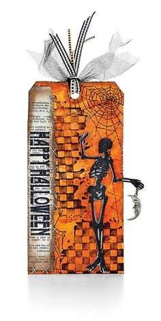 Sweet Halloween gift tag.  I must learn to make this and ones like this.