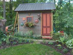Lotta cute garden shed ideas here.
