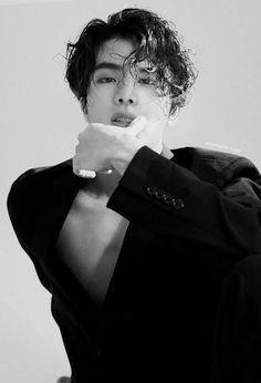 Seokjin, Foto Bts, Bts Jin, Bts Jungkook, Jin Hot, Imagine Jin, Taehyung, Bts Aesthetic Pictures, Bts Korea