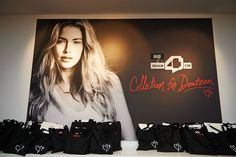 WE Fashion - VIP Shopping Night event - Collection for Doutzen - goodie bags!