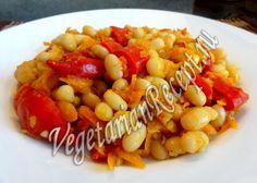 Рецепт постного блюда из фасоли - тушеной фасоли по-индийски. Получается очень вкусное, пряное и остренькое блюдо.