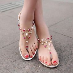 Shop affordable trendy flat shoes for women at shoespie. You can find various of cute flat shoes for huge discount including rhinestone thong flat sandals, rhinestone gladiator flats, embellished leather flat shoes. Pretty Sandals, Beautiful Sandals, Cute Sandals, Cute Shoes, Women's Shoes Sandals, Pumps Heels, Shoe Boots, Flat Sandals, Yellow Sandals