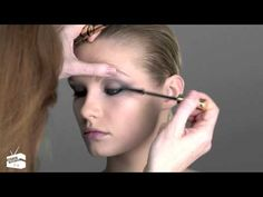 ▶ ‪Charlotte Tilbury's Makeup Masterclass: The Smoky Eye | NET-A-PORTER.COM‬‏ - YouTube
