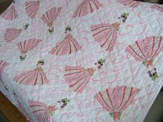 Vintage Dancing Girl Bed Quilt / Pink Quilt / Girl by DoesMeado... this was my favorite blanky when i was small!!! only the dancing girl had blonde hair<3