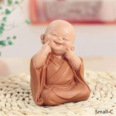 Little Monk Sculpture Resin Hand-Carved Buddha Statue Home Car Decorat – Classic Home Decor For You Buddha Statue Home, Small Buddha Statue, Buddha Home Decor, Smiling Buddha, Baby Buddha, Little Buddha, Thai Buddha, Lotus Buddha, Buddha Art