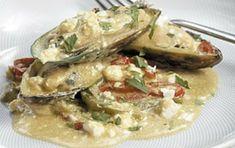 Μύδια σαγανάκι - iCookGreek Greek Recipes, Fish Recipes, Seafood Recipes, Food Network Recipes, Food Processor Recipes, The Kitchen Food Network, Greek Beauty, Greek Cooking, Kitchen Recipes