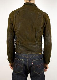 Levi's Vintage Clothing Menlo Leather Jacket back with pleats and side adjusters Vintage Levis, Vintage Leather, Levis Store, Vintage Outfits, Vintage Clothing, Mens Fashion, Fashion Outfits, Men's Collection, Jacket Men