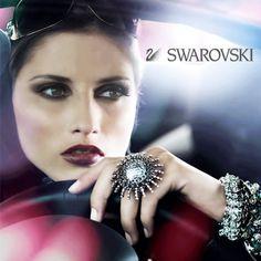 Una vez que conoces la elegancia de #Swarovski, querrás cristalizar cada paso en tu vida.