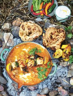 chicken tikka masala: I just made this by grilling the chicken with a few smoked wood chips and ninja-ing the sauce. It is seriously the best chicken tikka masala I've ever eaten, and I've spent MONTHS in India. Chicken Tikka Masala Rezept, Poulet Tikka Masala, Pollo Tikka, Chicken Masala, Jamie Oliver Comfort Food, Jaime Oliver, Jamie Oliver Korma, Jamie Oliver Chicken Curry, Jamie Oliver Indian