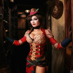 This Borderlands 2 Mad Moxxi Cosplay Goes To The Pub
