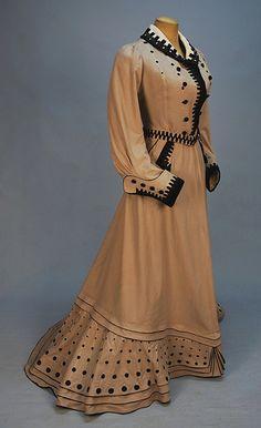 Promenade dress 1900-1905   #TuscanyAgriturismoGiratola