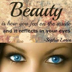 Beauty is how you feel on the inside and it reflects in your eyes. ❤️ ~Sophia Loren  #AllInOne #gonatural #igonatural  #beauty #makeup #travel #LasVegas #NoMakeupLook #NudeMakeup #NaturalMakeup #iwokeuplikethis #MagicPowder #eco #wholesale  #OnTheGo #ecofriendly #vegan #organic #glutenfree #Beauty #cosmetic #cosmetic