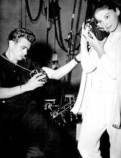 James Dean taking a photograph of Anna Maria