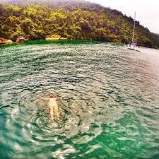 Resultado de imagem para tumblr mar flutuando