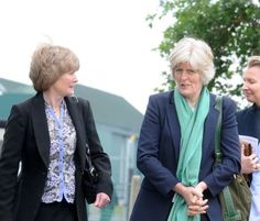 Diana's sisters Sarah McCorquodale and Jane Fellowes last month-2011