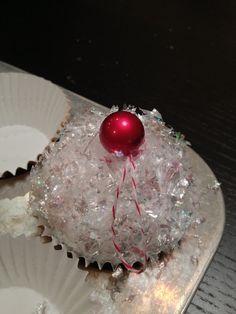 The Evas of Bellabini: Cupcake Ornaments