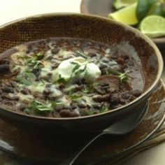 Slow-Cooker Black Bean-Mushroom Chili & 15 More Slow-Cooker Soups