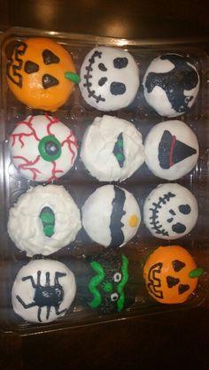 Halloween cupcakes! Adorable. Deb's