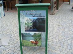 Königssee, St. Bartholomä. Järvi sijaitsee 602 m korkeudella merenpinnasta ja on kahdeksan kilometriä pitkä. Vuorien välissä kuultiin torvensoittoa johon kaiku vastasi.