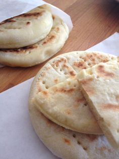 Les pains suédois. Cmesgouts.com cuisine thermomix Naan, Thermomix Bread, Healthy Snacks, Healthy Recipes, Snack Recipes, Cooking Recipes, Salty Foods, Pasta, Cooking Time