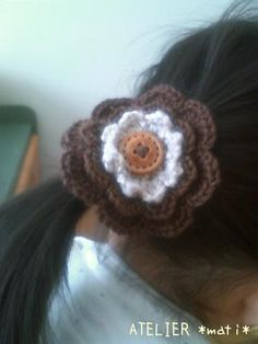 Triple Layered Flower Hair tie pattern with diagram.