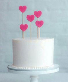 Wax heart cake toppers {Photo: Erica OBrien Cake Design} for baby shower cake! Beautiful Cake Pictures, Beautiful Cakes, Pretty Cakes, Cute Cakes, Fondant Cakes, Cupcake Cakes, Buttercream Cake, Heart Birthday Cake, Happy Birthday