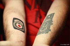 Ink: GE Exposure Meter by steinsleger (ignacio steinsleger) Tattoo Photography, Photography 101, Camera Photography, I Tattoo, Cool Tattoos, Little Camera, Light Meter, Class Ring, Body Art