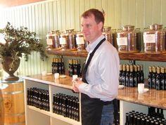 """Saratoga Olive Oil Co. employees want you to """"like"""" them"""
