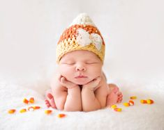 Items similar to Newborn Candy Corn Hat Baby Girl Halloween Costume Crochet Hat With Pearls Photo Prop on Etsy Halloween Bebes, Baby Girl Halloween Costumes, Halloween Candy, Infant Halloween, Baby First Halloween, Photographie D' Halloween, Fall Baby Pictures, Fall Photos, Fall Baby Pics