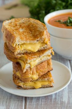 Vegan Grilled Cheese Sandwiches {potato cashew cheese!}