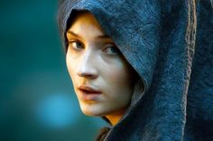 Which Female 'Game of Thrones' Character Are You? - The night is dark and full of ladies. - Quiz