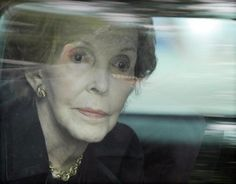 Nancy Reagan, wife and inseparable companion of the former president Ronald Reagan until his death in died at the age of 94 years old Nancy Reagan, President Ronald Reagan, Former President, Presidents, Age, First Ladies