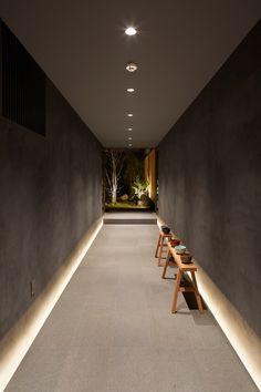 Galerie des Gästehauses in Kyoto / B. Architektur Design Studio - 9 Galerie des Gästehauses in Kyoto / B. Design Entrée, Flur Design, Lobby Design, Design Studio, House Design, Design Ideas, Corridor Lighting, Interior Lighting, Lighting Design