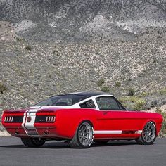 """Hot Wheels - Cool shot of the @ringbrothers Ford Mustang """"SPLITR"""" , I honk the tri tone paint could have been played down. Maybe swap the black for white?"""