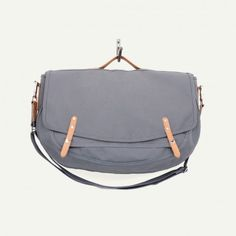 Makr Carry Goods Farm Messenger